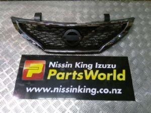Nissan Pulsar Hatch C12 2013-2017 Grille
