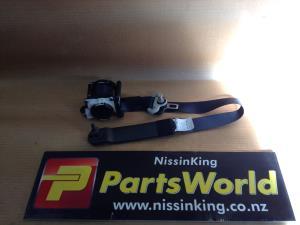 Nissan Navara D23 MNT 4WD 08/2015-2019 LF Seat Belt