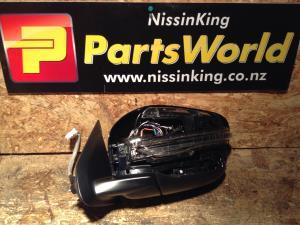 Nissan Navara D23 MNT 4WD 08/2015-2019 LF Door Elec Mirror