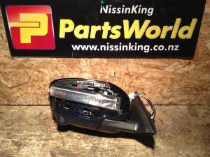 Nissan Xtrail T32 4WD 2014-2016 RF Door Elec Mirror