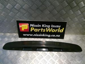 Nissan Qashqai J10 02/07-06/09 Tailgate Garnish 1 Piece