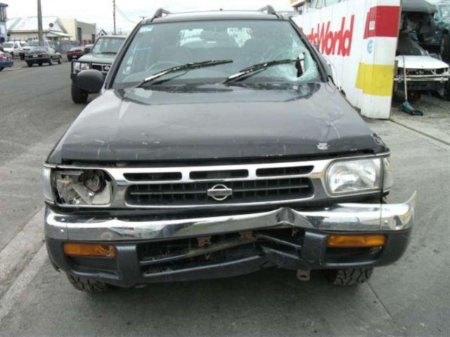 Nissan Pathfinder R50 1996-1999